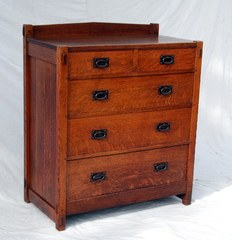 Early Gustav Stickley 2 over 3 chest dresser with hand hammered oval hardware 1904 to 1906